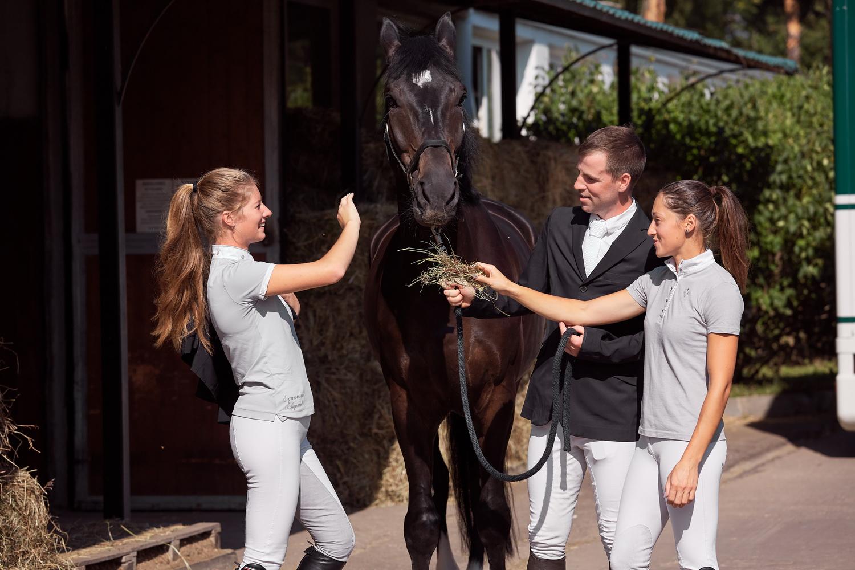 Рекламная съемка с лошадьми